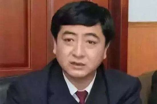 鸡西市原副检察长刘立涉黑被开除党籍并取消退休待遇